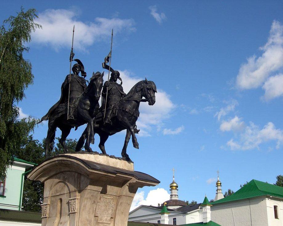 Памятник Борису и Глебу, г. Дмитров