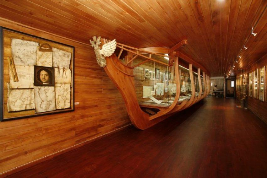 судно Витязь внутри