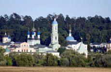 Монастырь Оптина пустынь в Козельске: древний и знаменитый