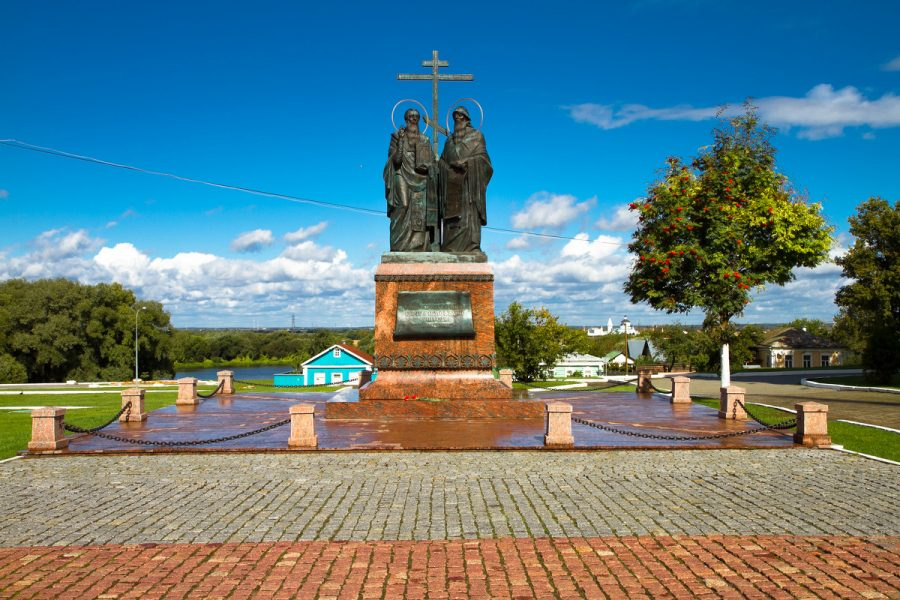 Памятник Кириллу и Мефодию Коломна