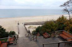 Достопримечательности Янтарного: янтарь, море, променад