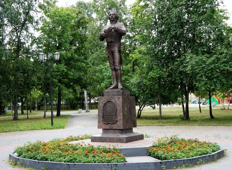 Памятник Державину Петрозаводск
