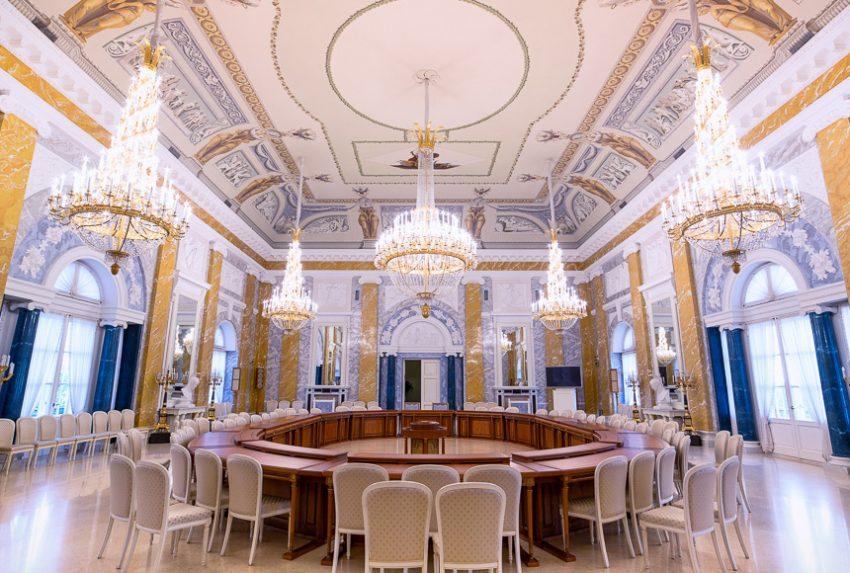 Константиновский дворец Мраморный зал