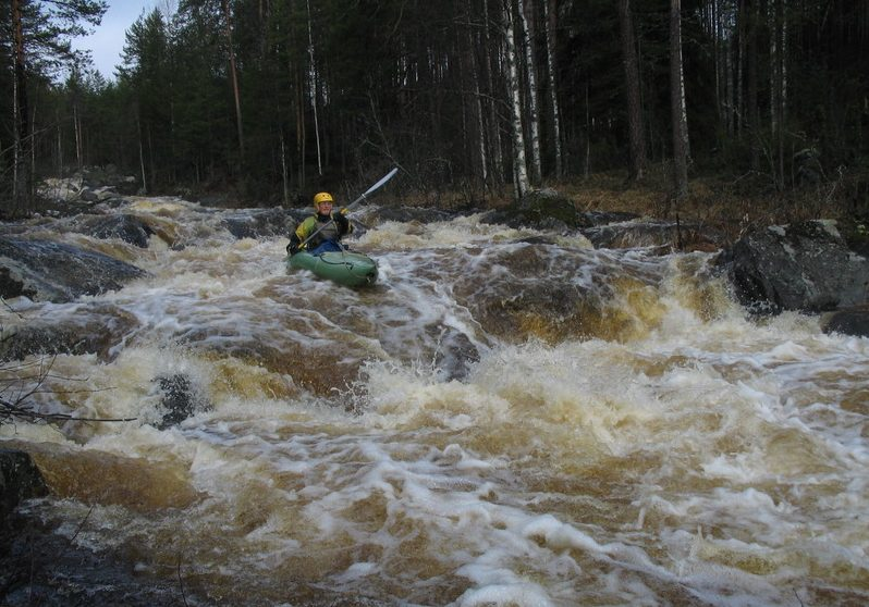 Водопад на реке Вичка