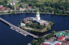 Достопримечательности Выборга: Выборгский замок, часовая башня и парк Монрепо