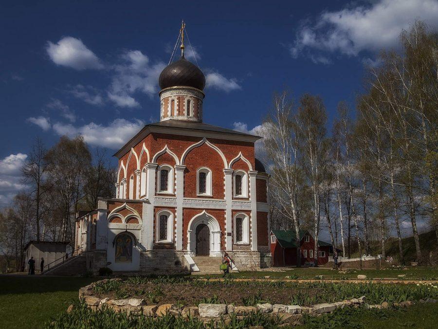 Петропавловская церковь Можайск