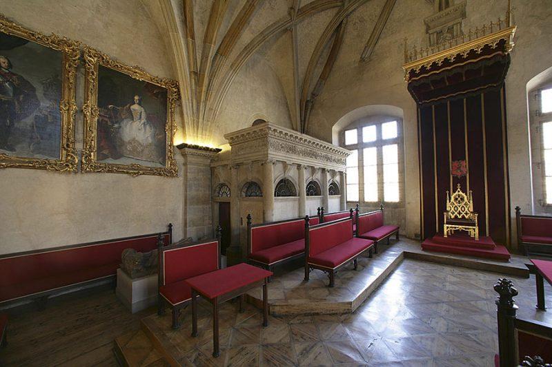 Старый королевский дворец Прага