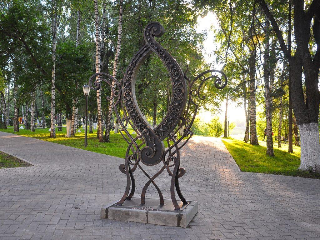 Памятник букве О достопримечательность Вологды