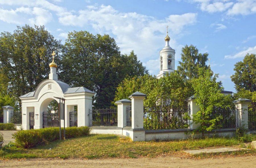 Церковь Похвалы Дубна