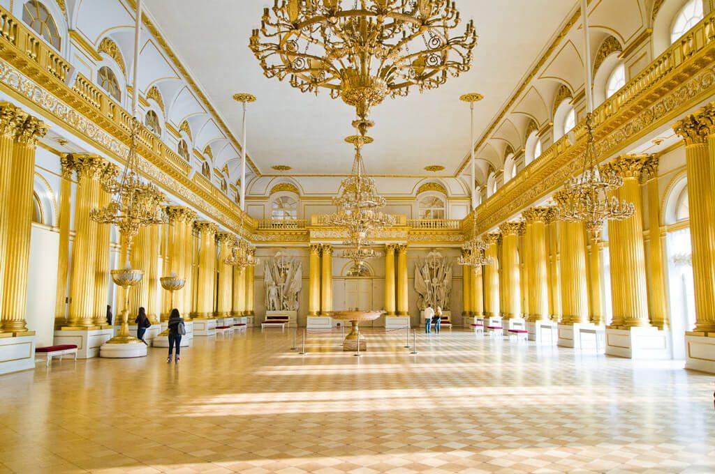 Гербовый зал Зимний дворец