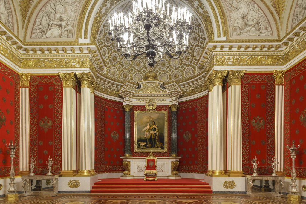 Петровский зал Зимний дворец
