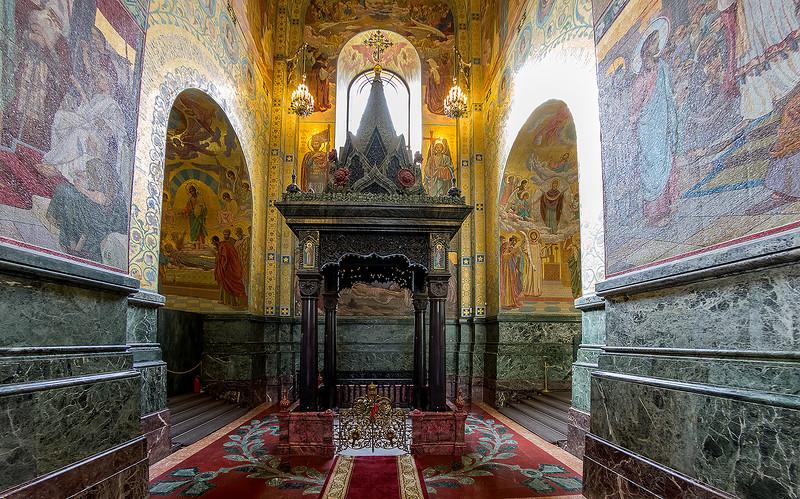 Сень над местом смертельного ранения Александра II