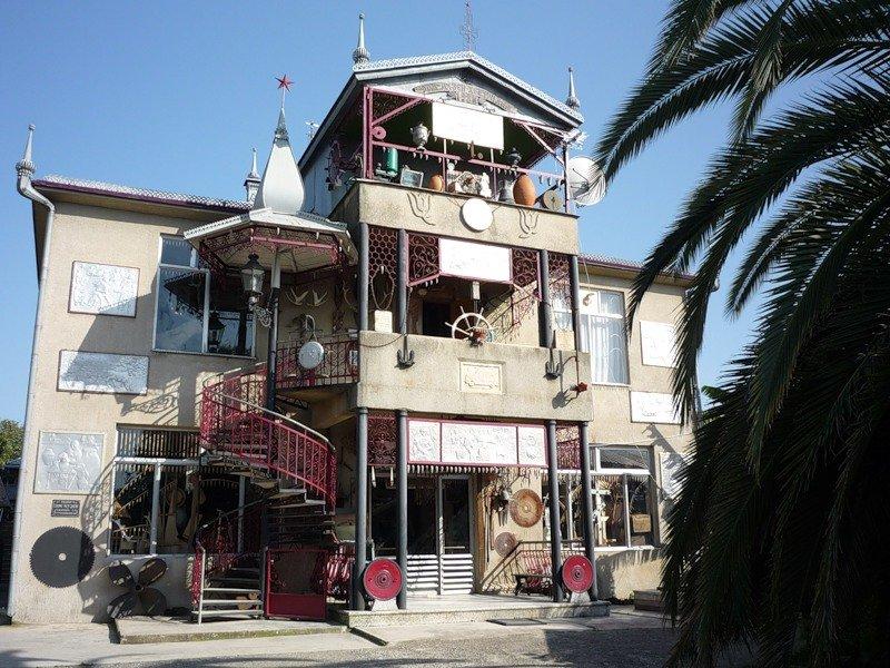 Дом Хецуриани