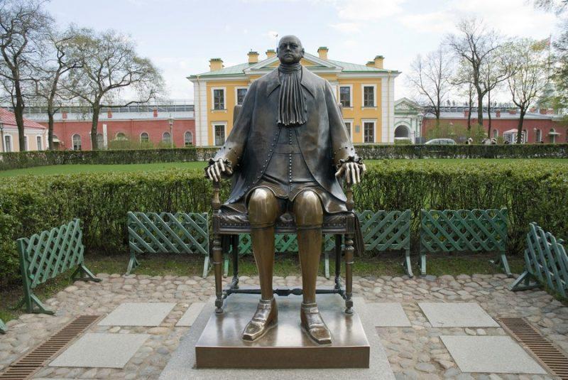 Памятник Петру I Петропавловская крепость