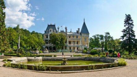 Достопримечательности Массандры: винзавод и царский дворец
