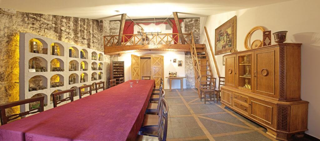 Дегустационный зал Алупка