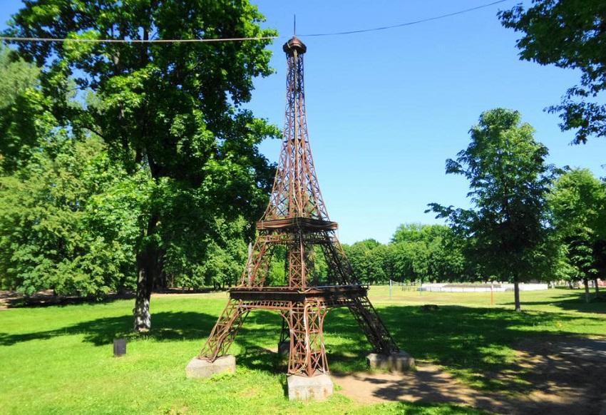 Эйфелева башня Гусев
