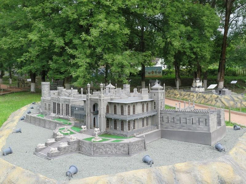 Крым в миниатюре Бахчисарай