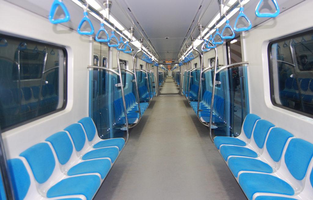 Вагон в метро Алма-Аты