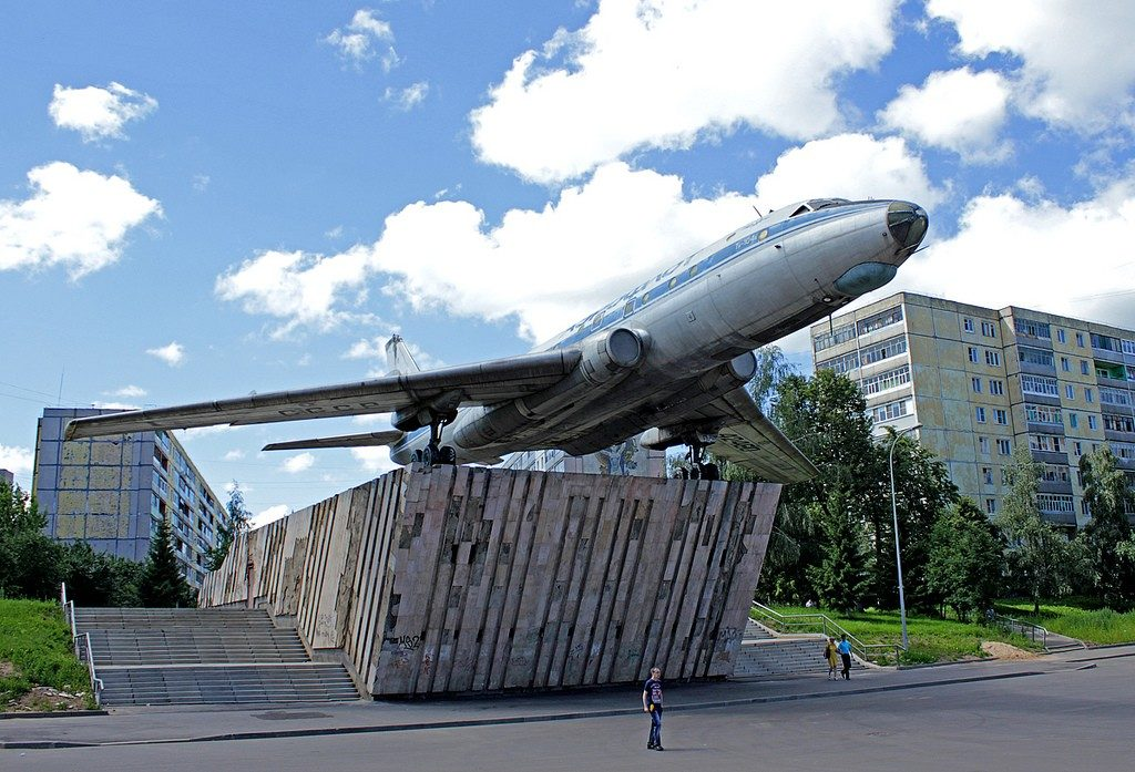 Самолет Ту-104 Рыбинск