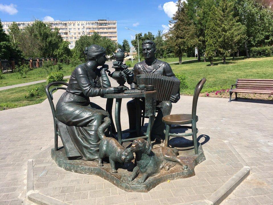 время городская скульптура в туле фото с названиями это один