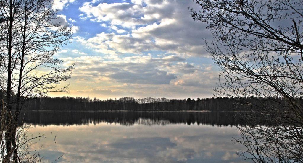 Черное озеро Покров