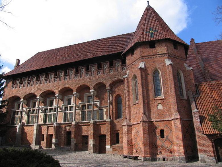 Дворец гроссмейстеров Мариенбург