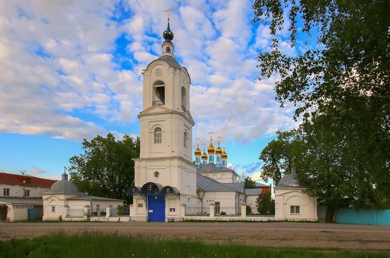 Покровский храм в Покрове