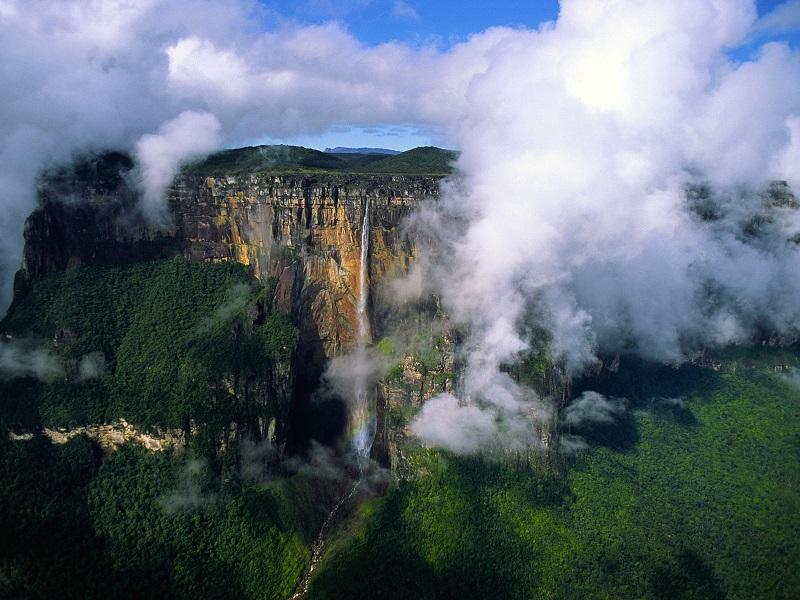 Самый большой водопад в мире Анхель