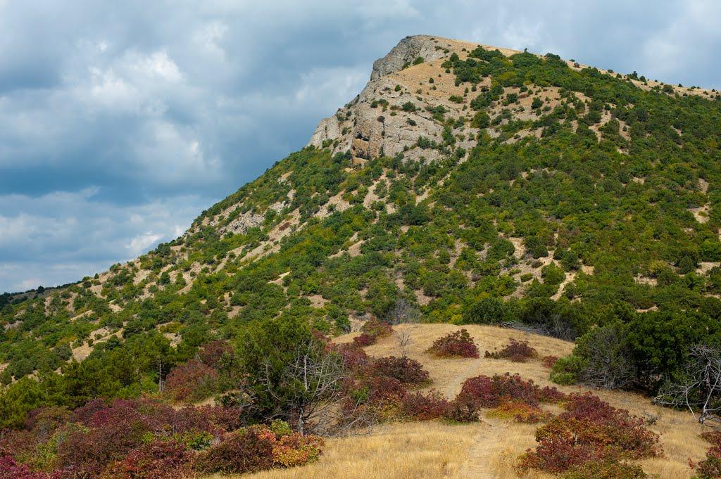 Гора Манджил