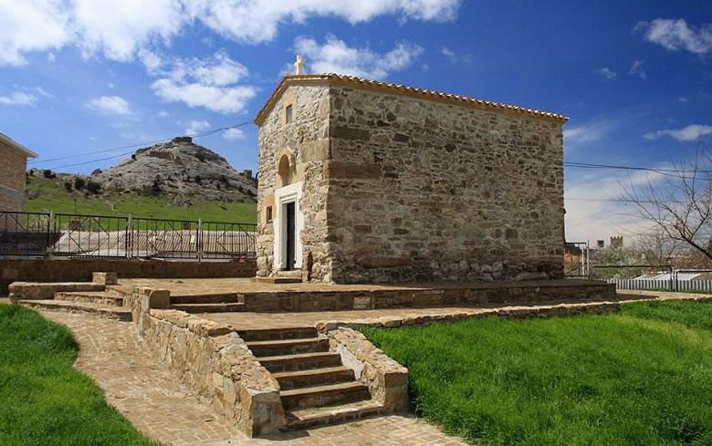 Храм 12 апостолов Судак