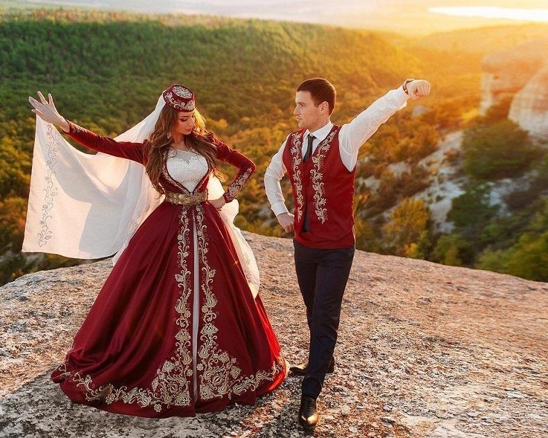 Национальная одежда крымских татар