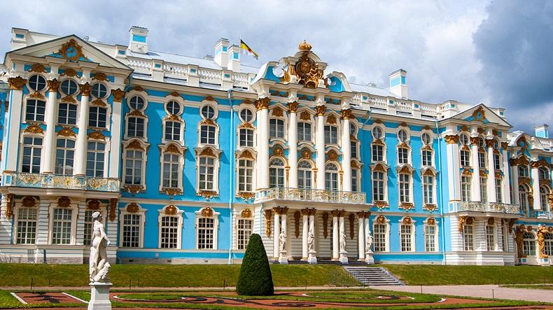 Екатериниский дворец Пушкин