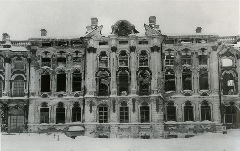 Екатерининский дворец Пушкин после войны