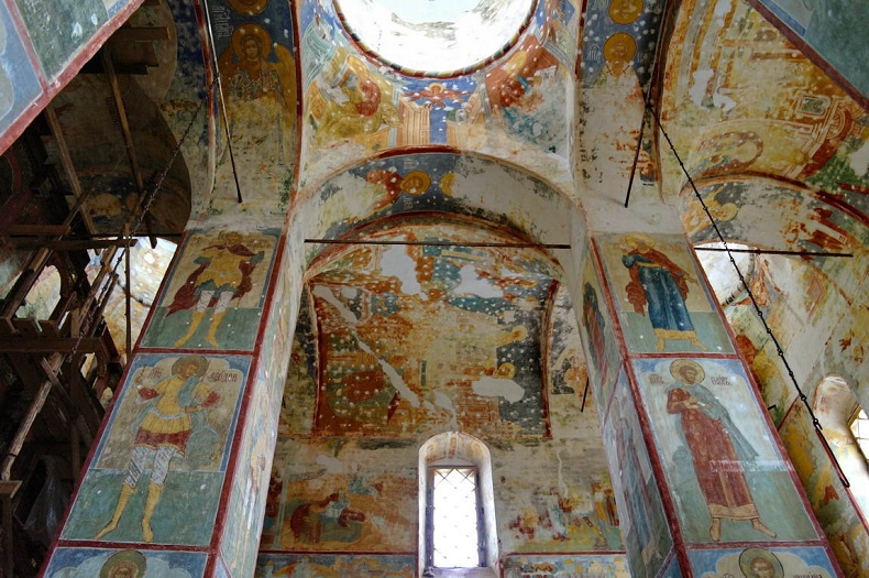 Крестовоздвиженский собор фрески Тутаев