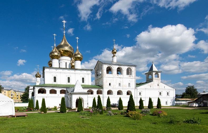 Воскресенский монастырь Углич