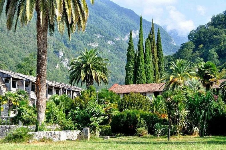 Плюсы отдыха в Абхазии