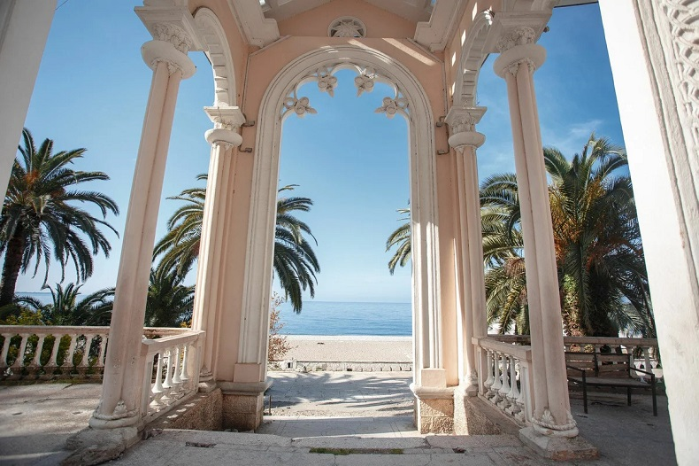 Абхазия готова принимать туристов