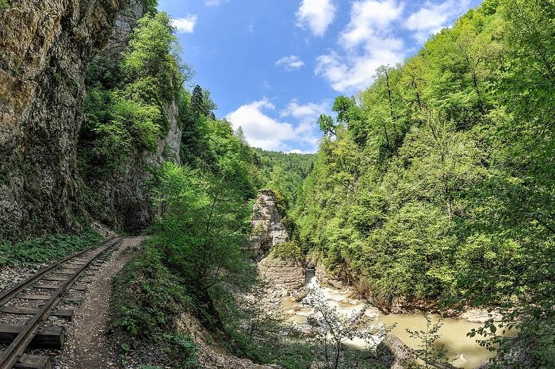 Гуамской ущелье
