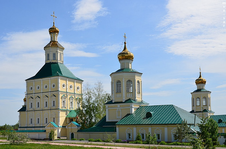 Макаровский Иоанно-Богословский монастырь