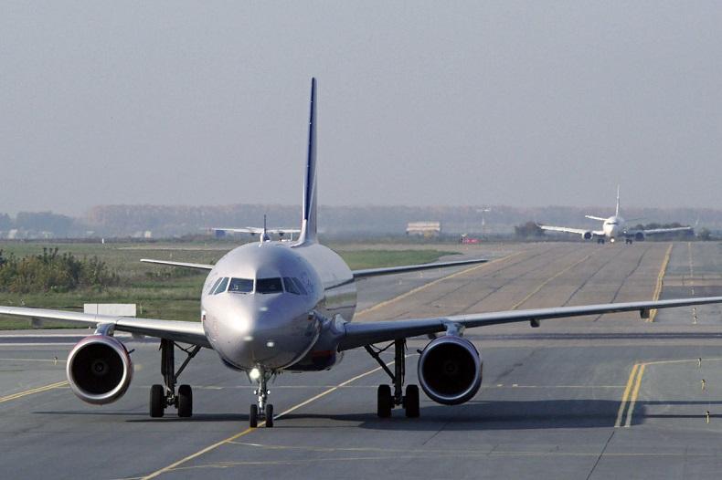 Переговоры о возобновление международных полетов