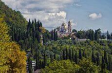 Достопримечательности Нового Афона: пещера, крепость, монастырь