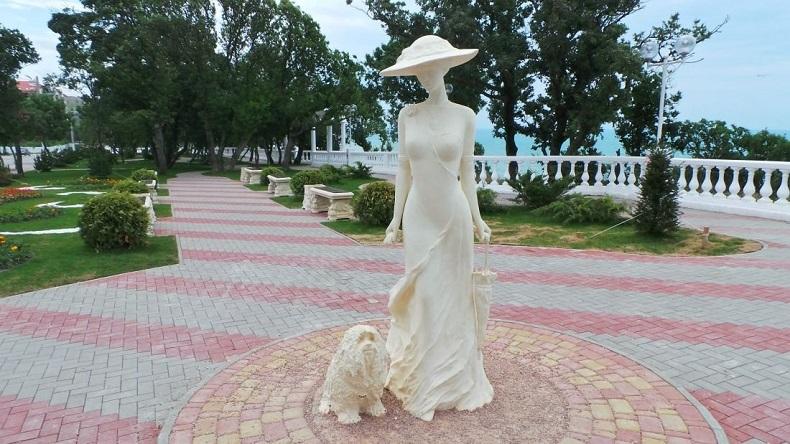 Дама с собачкой Геленджик