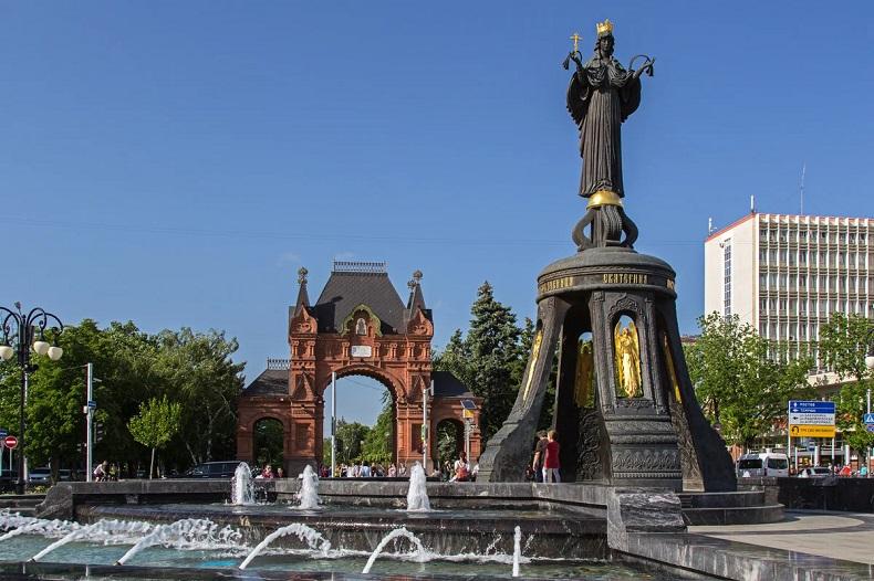 Памятник святой Екатерине Краснодар