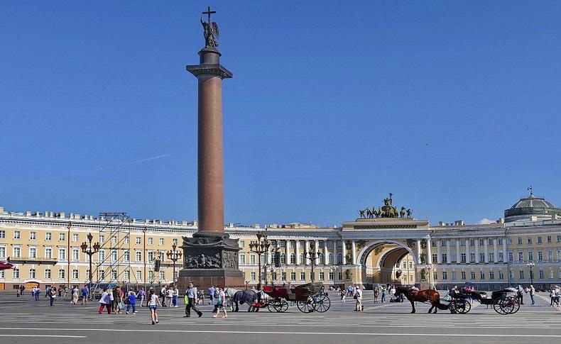 В Санкт-Петербурге масштабно отметят День туриста