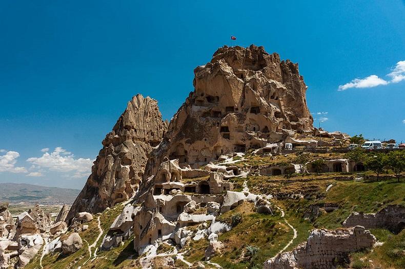 Город-крепость Учхисар