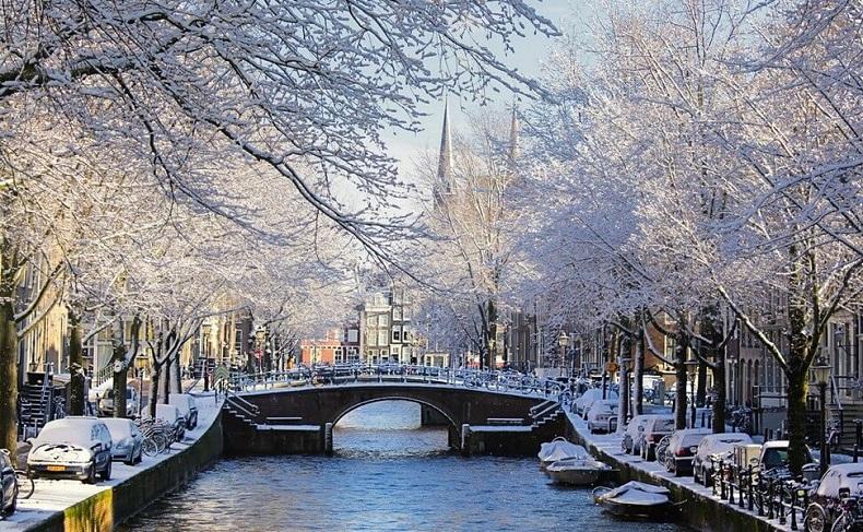 Самые красивые города зимой: заснеженная Европа