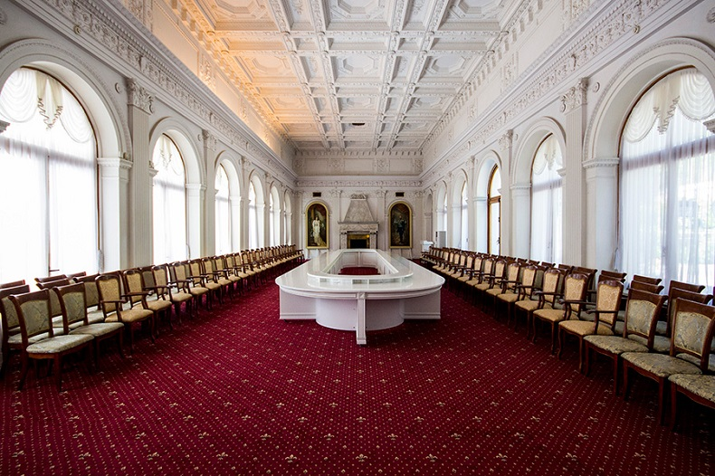 Ливадийский дворец Белый зал