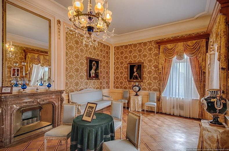 Дворцы Крыма,