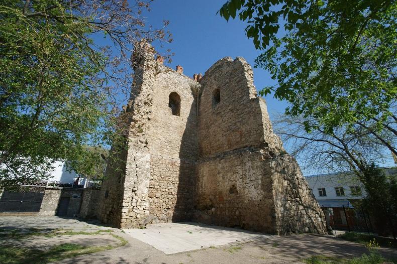 Башня Константина в Феодосии
